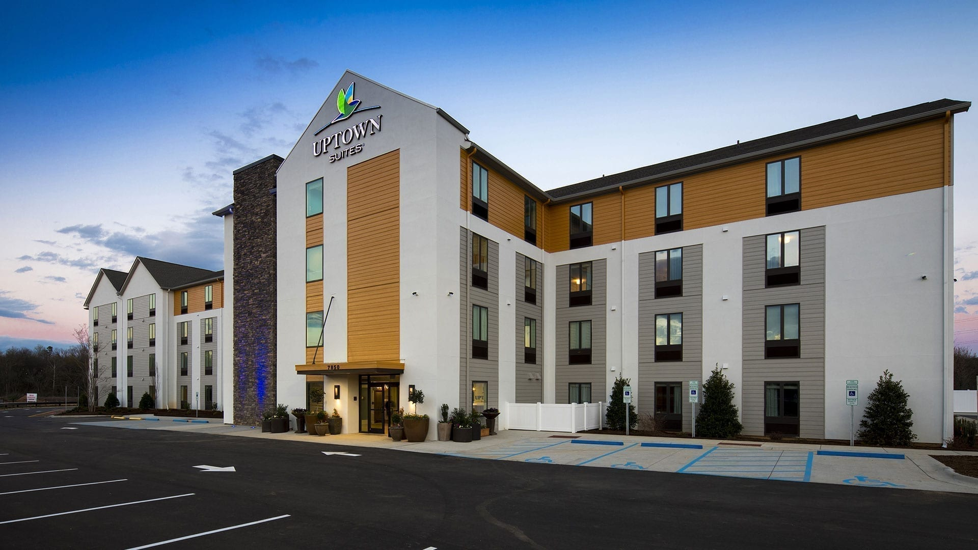 Uptown/Intown Suites Hotel Design - Swedroe Architecture