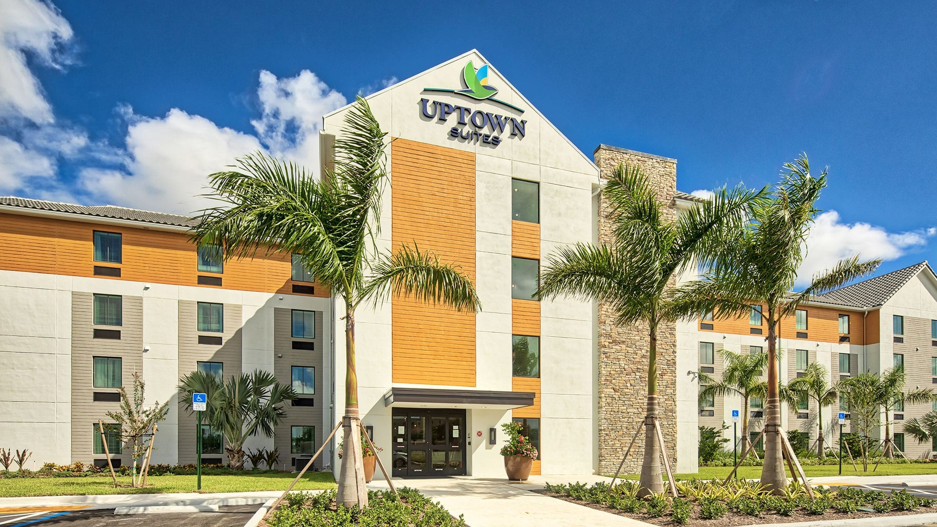 Uptown/In-town Suites Hotel - Designed Swedroe Architecture